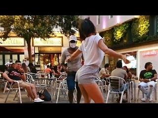 Señora colombiana me sorprende bailando SALSA  y pareja bailando FLAMENCO l me encuentro con Marta