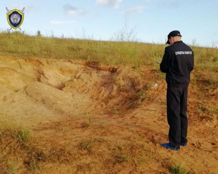 Трагедия в Ошмянском районе: двух мальчиков засыпало песком в котловане