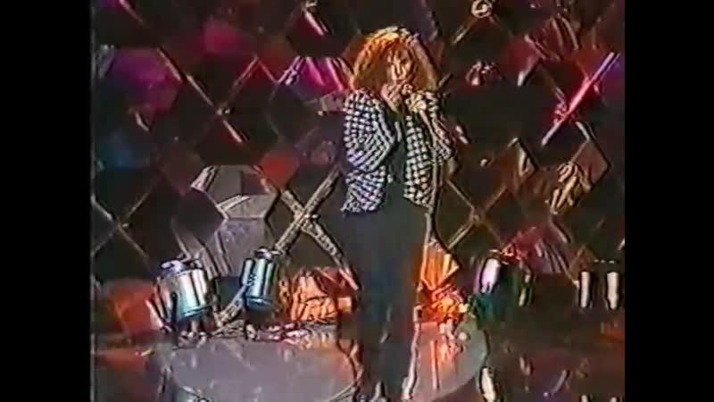 MYLENE FARMER Maman A Tort Мама Не Права live @ ring parade FR3 14 11 1984