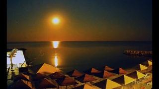 Громадная Луна Buck Moon над морем у Бердянска и Кирилловки Сатурн и Юпитер утопили всех медуз :)