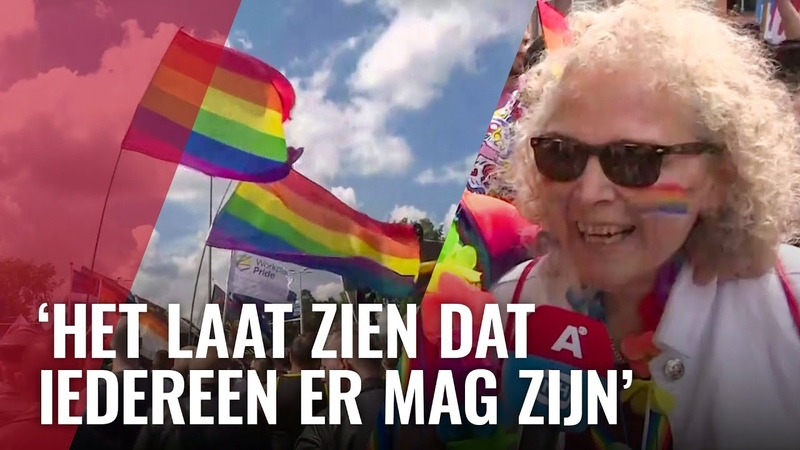 Duizenden mensen doen mee aan Pride Walk